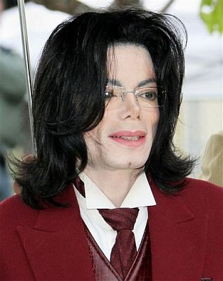 US promoter sues Michael Jackson