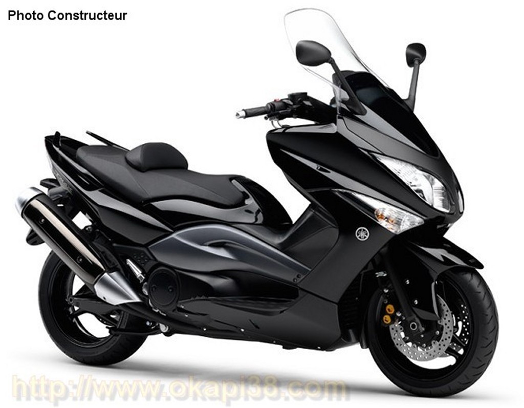 Cool Black Yamaha T-Max!